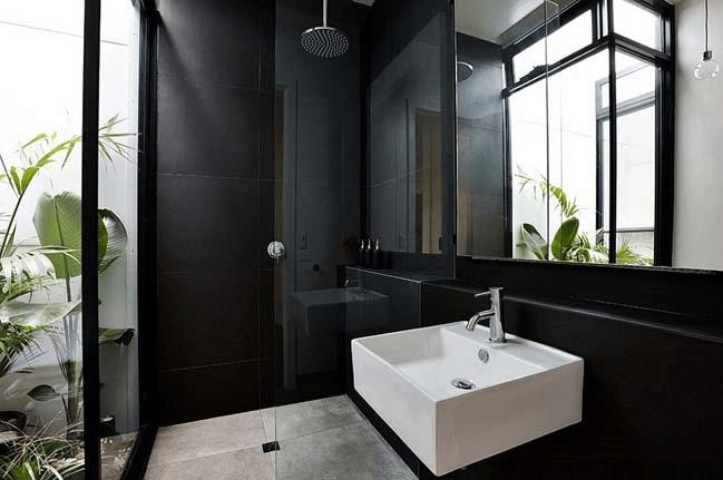 15 идей для черной ванной комнаты_vertaki_8