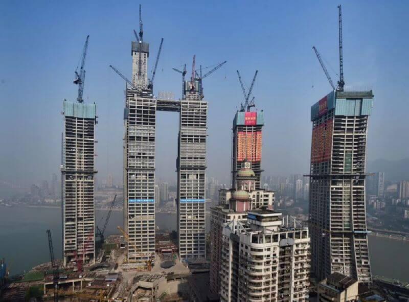 Лежачий небоскреб в Китае