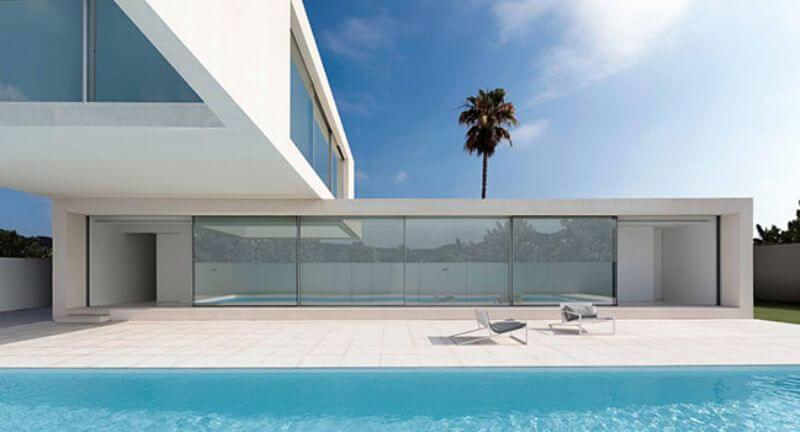 Дом на берегу Средиземного моря